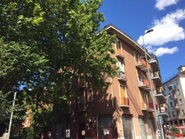 Bilocale Milano Via Giuseppe Taccioli 1