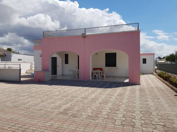 Villa in vendita a Porto Cesareo, 6 locali, prezzo € 1.000 | Cambio Casa.it