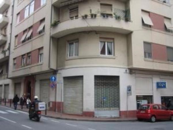 Negozio in Vendita a Vado Ligure Rif.8375961