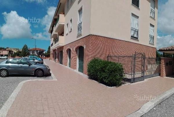 Negozio / Locale in vendita a Latina, 2 locali, prezzo € 76.000 | Cambio Casa.it
