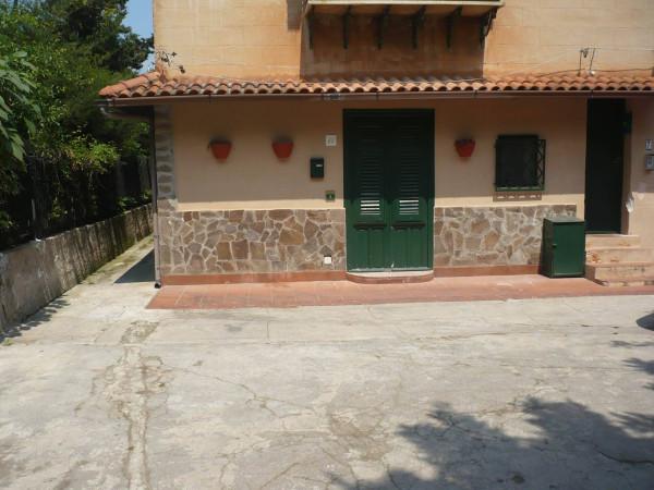 Bilocale Palermo Via Priamo Partanna Mondello 1