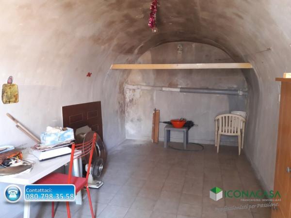 Bilocale Valenzano Via Cavata 11
