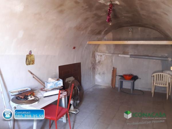 Bilocale Valenzano Via Cavata 12