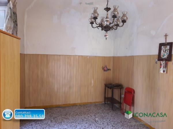 Bilocale Valenzano Via Cavata 5