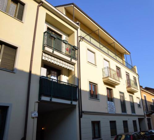 Bilocale Moncalieri Via Cairoli 8