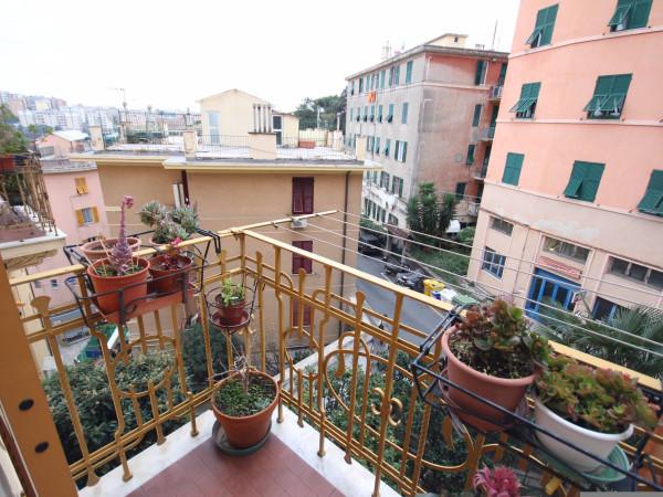 Bilocale Genova Via Imperiale 1