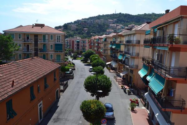 Bilocale Pietra Ligure Via Piani 1