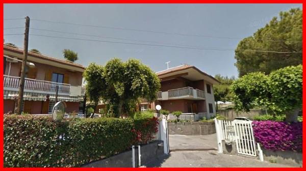 Box / Garage in vendita a Aci Castello, 9999 locali, prezzo € 40.000 | Cambio Casa.it