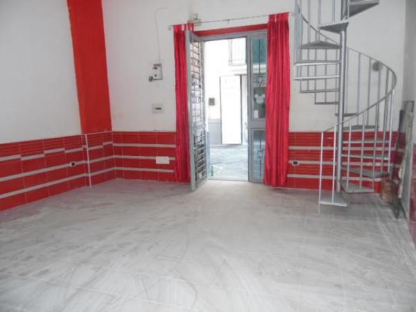 Negozio / Locale in affitto a Aversa, 1 locali, prezzo € 330 | Cambio Casa.it
