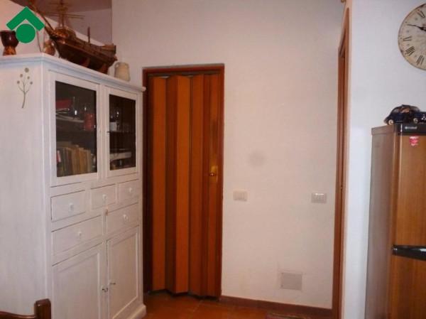 Bilocale Palermo Via Giardina, 73 12