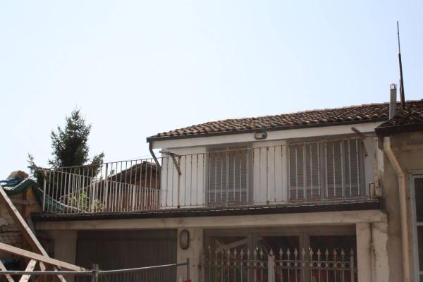 Bilocale Castagnole delle Lanze Piazza Marconi 3