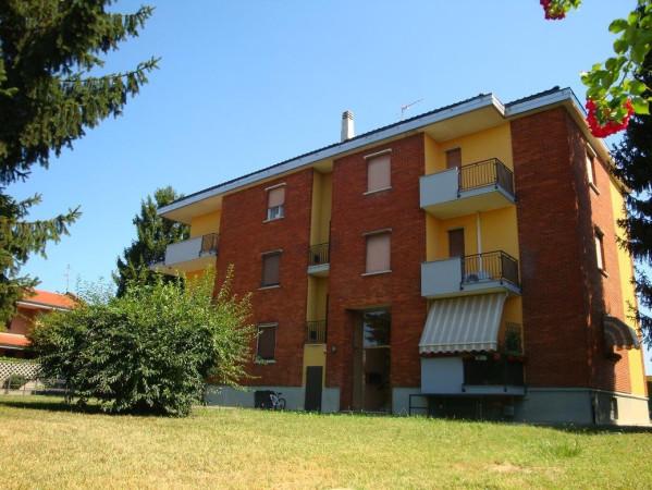 Appartamento in vendita a Caponago, 2 locali, prezzo € 69.000   Cambio Casa.it