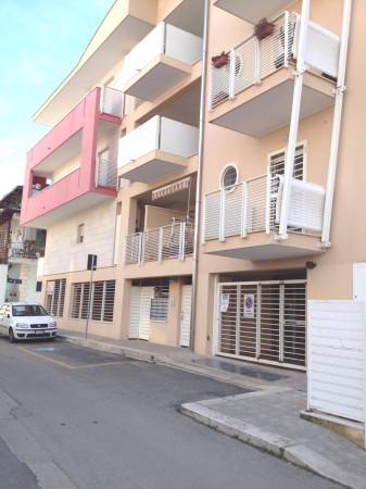 Appartamento in vendita a Bitetto, 3 locali, prezzo € 170.000 | Cambio Casa.it