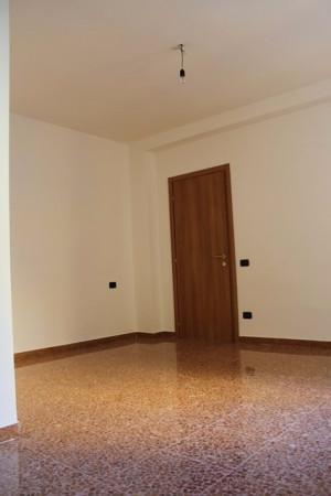 Bilocale Mandello del Lario Via Risorgimento 9