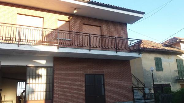 Villa in vendita a San Damiano d'Asti, 4 locali, prezzo € 82.000 | Cambio Casa.it