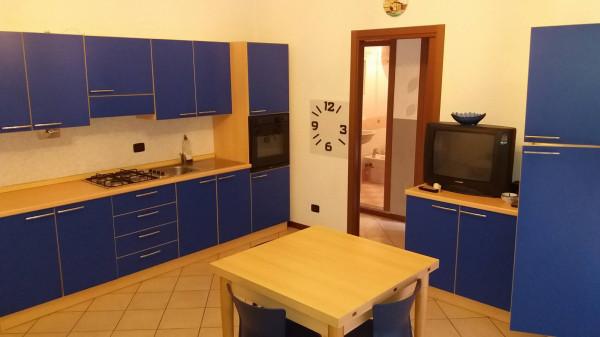 Appartamento in affitto a Alba, 2 locali, prezzo € 350   Cambio Casa.it