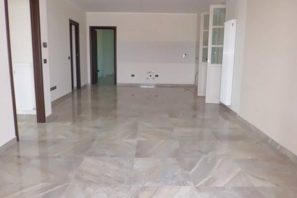 Appartamento in vendita a Cherasco, 5 locali, prezzo € 330.000 | Cambio Casa.it