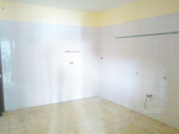 Appartamento in affitto a Qualiano, 2 locali, prezzo € 300 | Cambio Casa.it