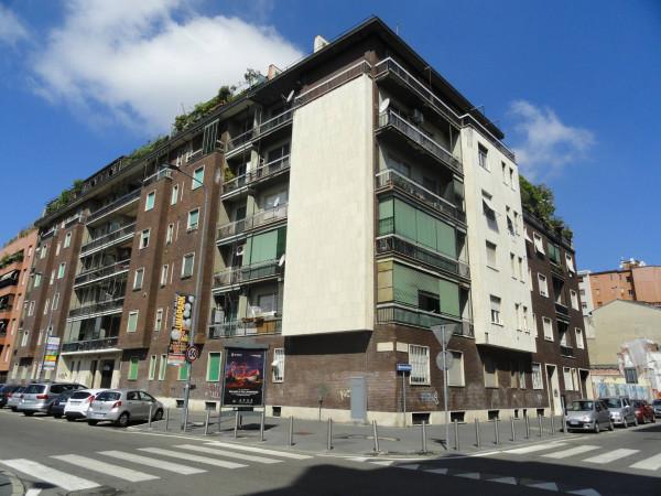 Appartamento in vendita a Milano, 6 locali, zona Zona: 11 . Barona, Giambellino, Lorenteggio, Famagosta, prezzo € 850.000 | Cambio Casa.it