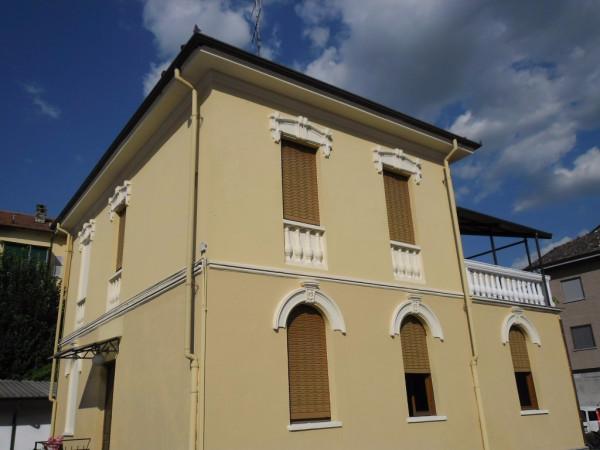 Villa in vendita a Nizza Monferrato, 6 locali, prezzo € 235.000 | Cambio Casa.it