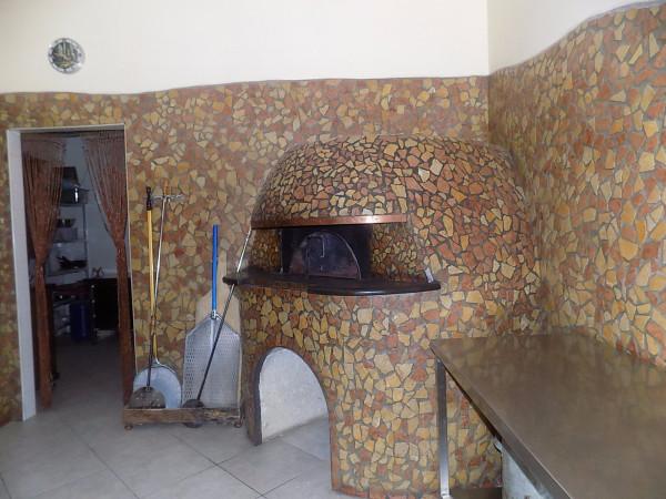 Negozio / Locale in affitto a Qualiano, 2 locali, prezzo € 900 | Cambio Casa.it
