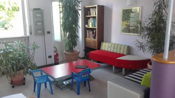 Ufficio / Studio in vendita a Olgiate Olona, 6 locali, prezzo € 207.000 | Cambio Casa.it