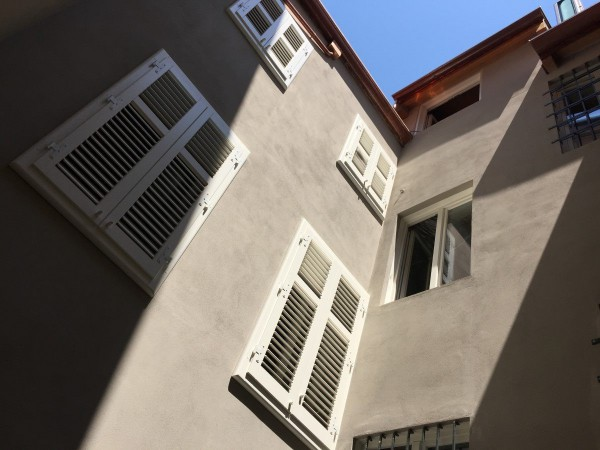 Bilocale Trieste Via Beccherie 3