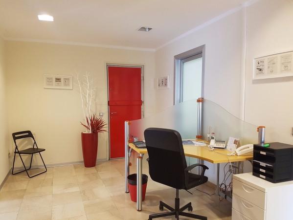 Ufficio / Studio in affitto a Brescia, 5 locali, prezzo € 900 | Cambio Casa.it