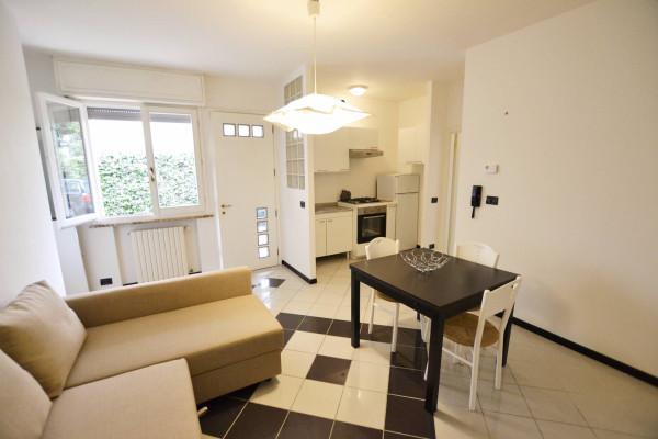Appartamento in Affitto a Riccione: 2 locali, 60 mq