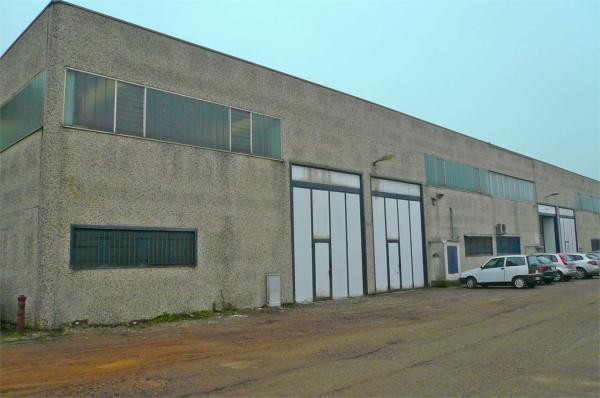 Capannone in vendita a Abbiategrasso, 1 locali, prezzo € 235.000 | Cambio Casa.it