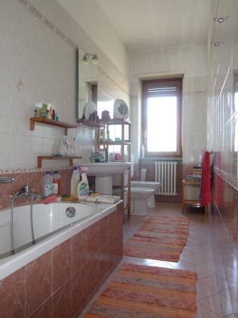 Bilocale Torino Via Gaspero Barbera 11