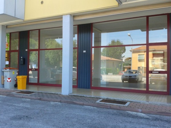 Negozio / Locale in Affitto a Sacile