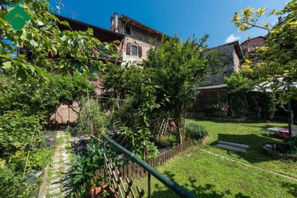 Rustico / Casale in vendita a Brenzone, 6 locali, prezzo € 195.000 | Cambio Casa.it