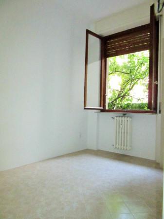 Bilocale Milano Via Monferrato 4