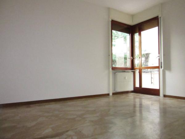 Bilocale Milano Via Monferrato 7