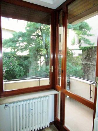 Bilocale Milano Via Monferrato 8