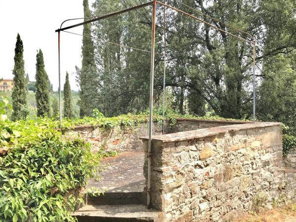 Bilocale Bagno a Ripoli Via Chiantigiana 10