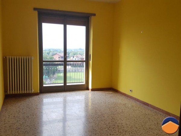 Bilocale Brandizzo Via Torino 9