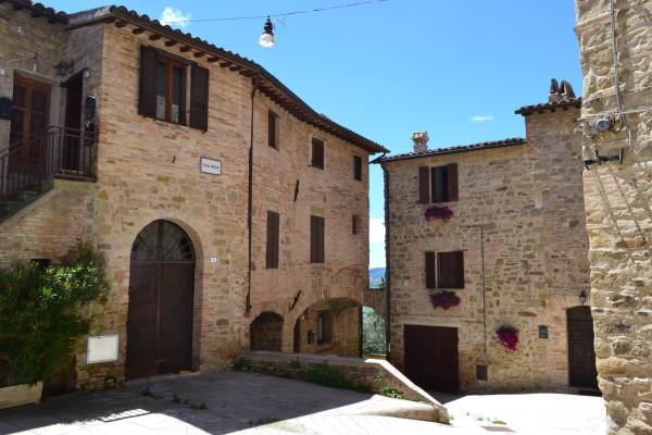 Bilocale Gualdo Cattaneo Via Marconi 1
