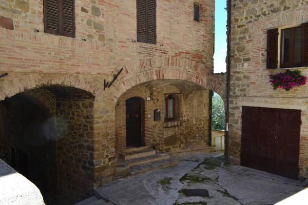Bilocale Gualdo Cattaneo Via Marconi 2