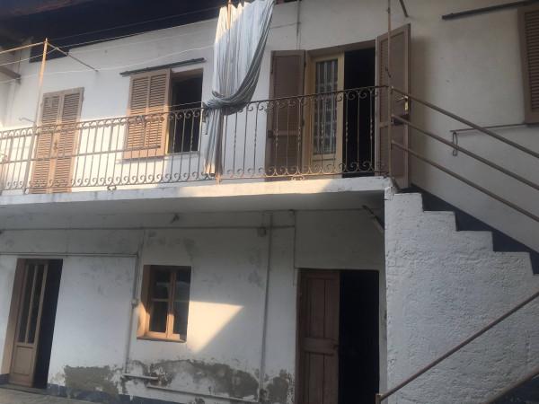 Rustico / Casale in vendita a Borgomanero, 3 locali, prezzo € 30.000   Cambio Casa.it