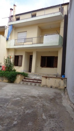 Villa a Schiera in vendita a Villaputzu, 6 locali, prezzo € 95.000 | Cambio Casa.it