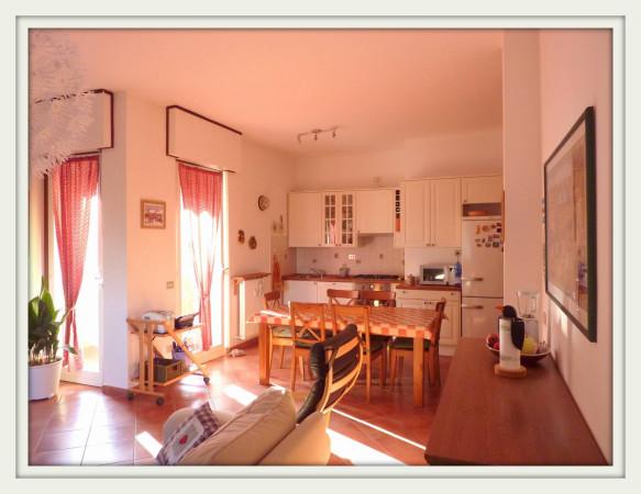 Appartamento in vendita a Lurate Caccivio, 3 locali, prezzo € 95.000   Cambio Casa.it
