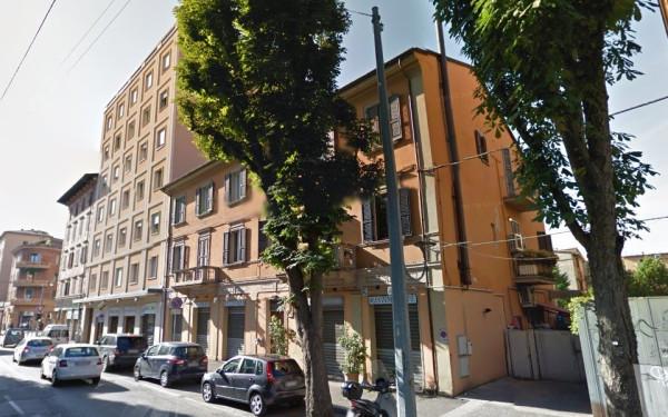 Bilocale Bologna Via Camillo Casarini 11