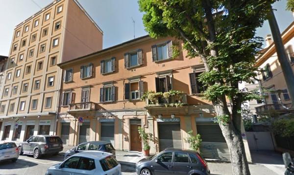 Bilocale Bologna Via Camillo Casarini 9