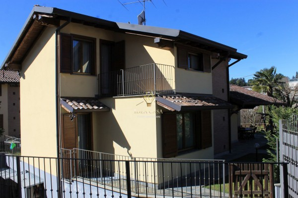 Villa in vendita a Missaglia, 6 locali, prezzo € 390.000 | Cambio Casa.it