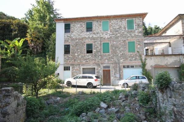 Appartamento in Vendita a Lucca Periferia Nord: 4 locali, 70 mq