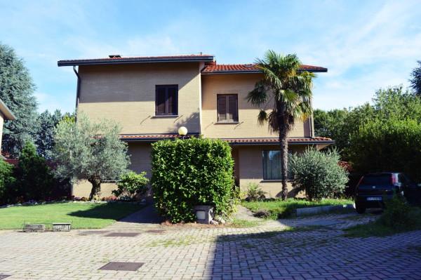 Villa in vendita a San Vittore Olona, 6 locali, prezzo € 299.000 | Cambio Casa.it