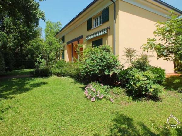 Villa in vendita a Porto Mantovano, 6 locali, prezzo € 440.000 | Cambio Casa.it