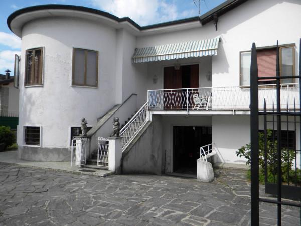 Villa in vendita a Fagnano Olona, 4 locali, prezzo € 248.000 | Cambio Casa.it